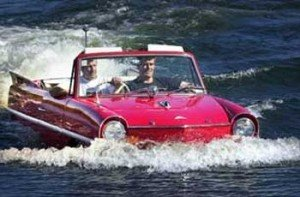 plaukianti masina